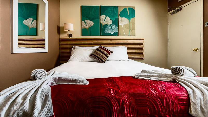 Relax in one of our finest cotton linen beds